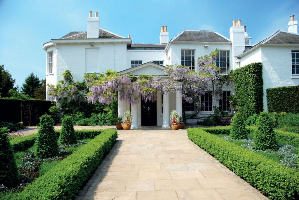Pembroke Lodge Wedding Venue House and Driveway