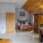 Canada Lodge 3.jpg 15