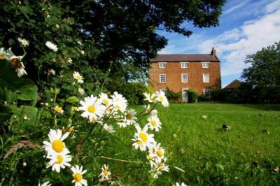 Halstead House Farm Leicester Wedding Venues