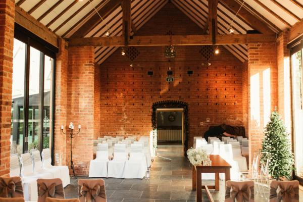 Redhouse Barn Bromsgrove Wedding Venues