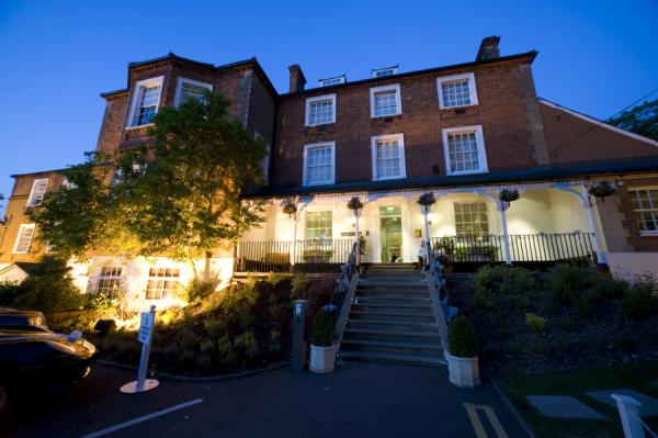 Brandshatch Place Hotel & Spa wedding fayre