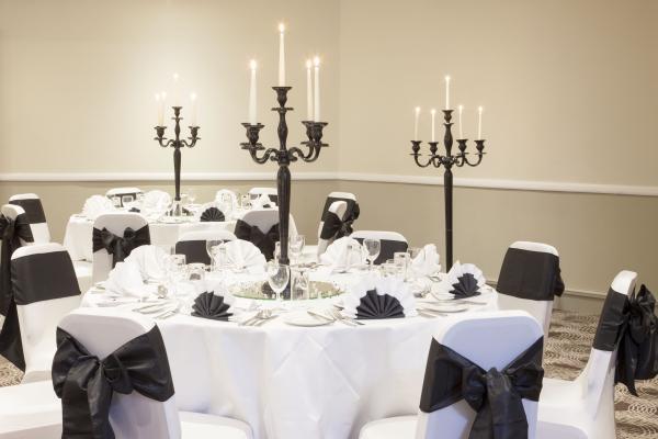 Holiday Inn Glasgow East Kilbride East Kilbride Wedding Venues