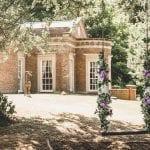 De Courceys Manor Swing