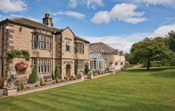 rogerthorpe manor hotel pontefract wedding venues