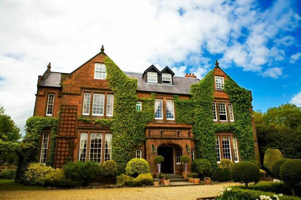 Luxury Hotels Near Warrington
