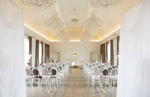 Amalfi White Melbourne Wedding Venues