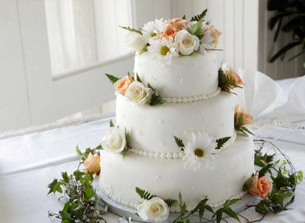 Wedding Superstitions Explained Wedding cake 8