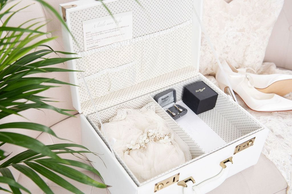 wedding gist keepsake box