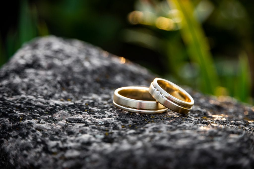 The Ultimate Best Man Duties Checklist wedding rings unsplash 5