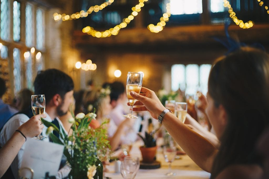 Best man speech jokes - table toasting