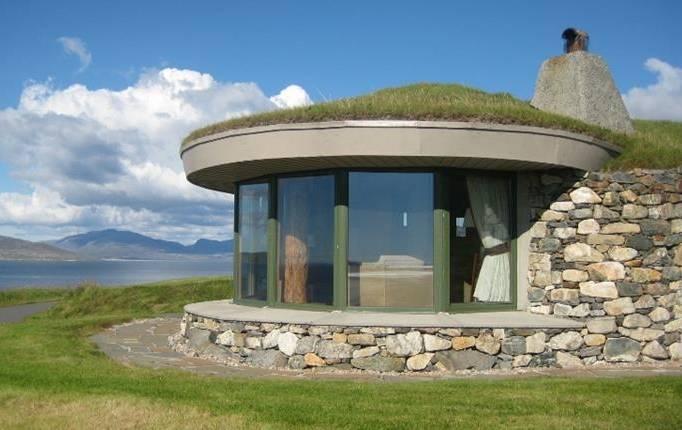 Mini moon cottage stays