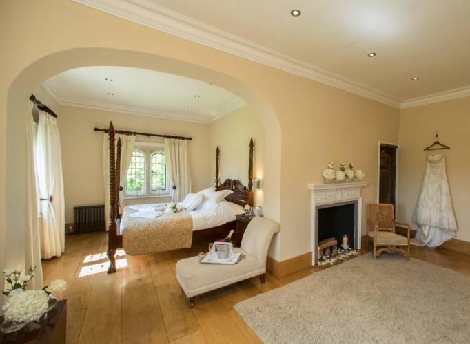 Notley Abbey Wedding Venue accommodation