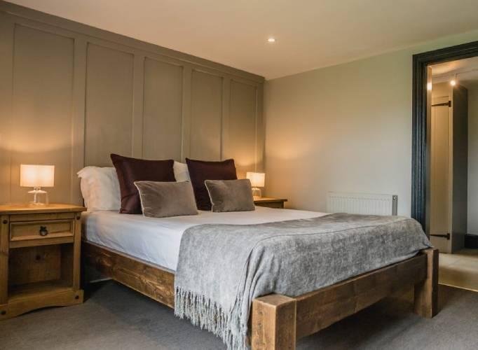 Trevenna Wedding Venue Cornwall bedroom