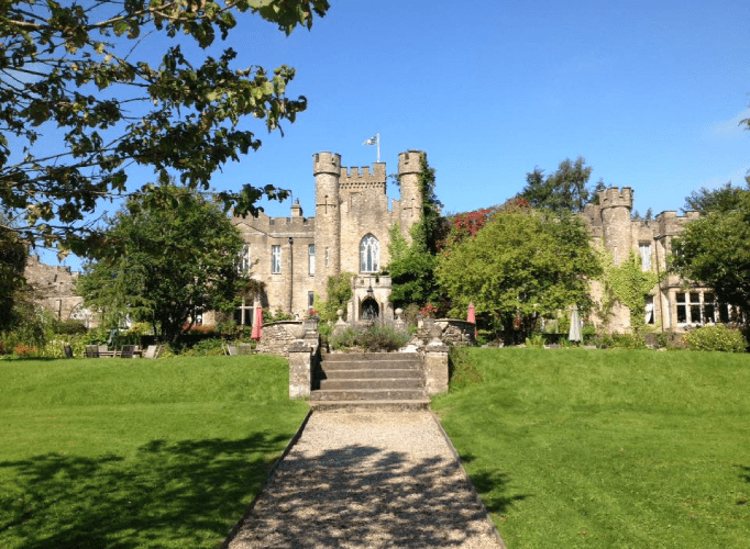 UK Countryside Wedding Venues For Your Big Day Background (23) 8