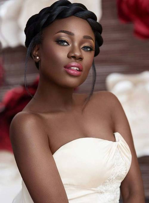 Wedding Hair Styles For Afro & Curly Hair