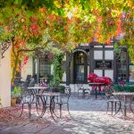The Red Lion Hotel RL Courtyard 9449.jpg 8