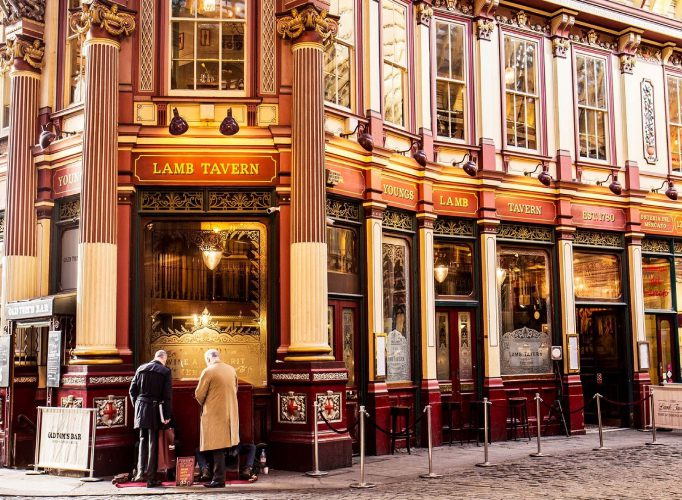 Showstopping Wedding Venues In London Lamb Tavern 13