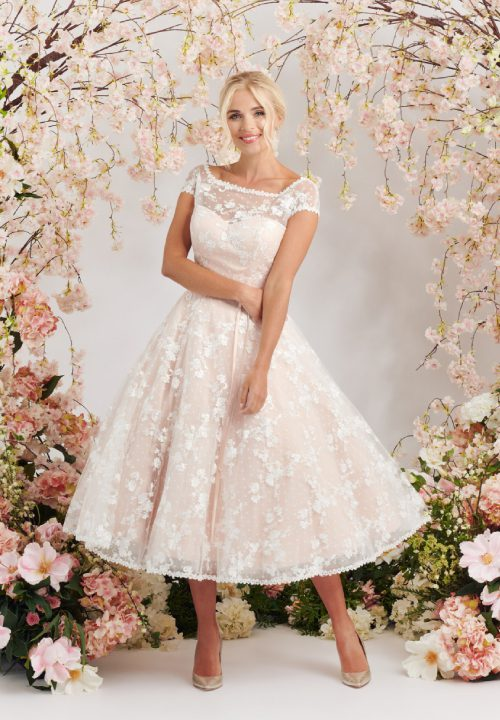 Stunning Short Wedding Dresses For Mooshki Aria 37