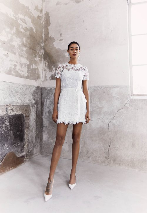 Stunning Short Wedding Dresses For Viktor and Rold Browns Bride 33